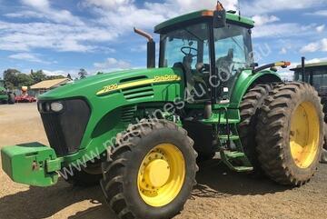 2004 John Deere 7820 Row Crop Tractors
